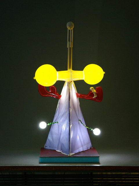 子供たち作品・LEDの光るタワー